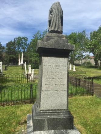W.A. Munn gravesite memorial, 2018. Author photograph.