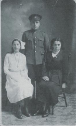 Hettie May, Thomas Brown, Annie Brown
