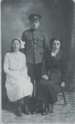 Hettie May, Thomas Brown, Annie Brown