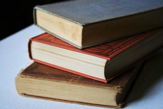 books-315677_960_720