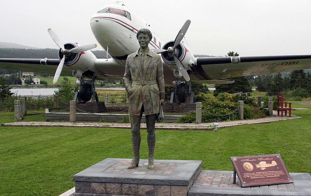 Amelia Statue